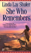 She Who Remembers (Signet)
