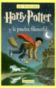 Harry Potter y la Piedra Filosofal = Harry Potter and the Sorcerer's Stone [Spanish]
