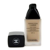 Chanel Perfection Lumiere Long Wear Flawless Fluid Makeup SPF 10 No 40 Beige 30ml