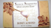 Venezia Soapworks Moisturising Soap Honey Almond