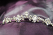 New Beautiful Bridal Wedding Tiara Comb with Crystal C18796