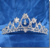 SC Bridal Wedding Tiara Comb With Flower Crystal Centre 62095