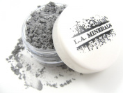 L.A. Minerals Matte Mineral Eye Shadow - Dove Grey