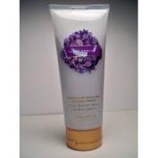 Victoria's Secret Love Spell 200ml Nourishing Bath and Shower Cream