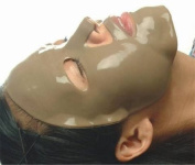Mystique Masques Collagen Facial Mask Moisturising Red Wine Mask