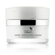 White Perfection Cream,Skin rejuvenation and skin whitening reduced collections to fade dark marks after the acne. The ceiling was a gift. The fading is noticeable. The skin is white and one is inserted in the skin is healthy skin and a face made in thail