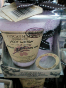 Tuscan Hills Scented Foot Lotion w/ Moisturising Socks -- French Lavender