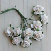 Vintage Paper Roses Bunch .13cm Flowers 10/Pkg-Cream