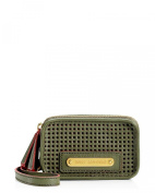 Juicy Couture Light & Airy Wristlet (YSRU2274) - Green