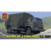 Airfix A02326 1:76 Scale Bedford Mk4 Tonne Truck Military Vehicles Classic Kit Series 2
