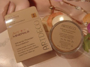 Mineral Powder Foundation of Artdeco - 8 light tan-.