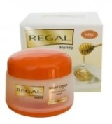NIGHT CREAM with honey and milk extracts for all types of skin