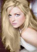 25 Strands - 60cm Pre Bonded Remy Nail Tip Hair Extensions. Bleach Blonde #613
