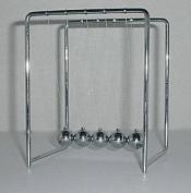 Newton's Cradle - 11 cm