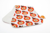 millemarille ST17 Burping Cloth Funky Apples