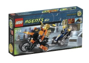 LEGO Agents Gold Tooth's Getaway