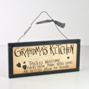 WOODEN GRANDMAS KITCHEN PLAQUE