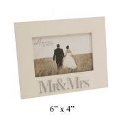 "Amore Wedding Gifts. Beautiful Cream 3D ""Mr & Mrs"" Photo Picture Frame"