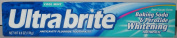 Ultra Brite Anticavity Fluoride Toothpaste, Baking Soda & Peroxide Whitening, Cool Mint 180ml