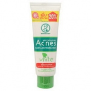 Mentholatum Acnes Clear & Whitening Facial Wash 100g.
