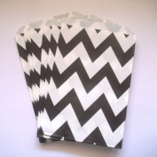 Chevron Stripe Black Food Treat & Favour Paper Bags 24 Pk 5X7 - Twilight Parties
