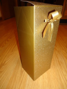 Bath & Body Works Gold Glitter Fold Top Gift Box with Bow - 9.5cm x 7.9cm x 18cm H useable space