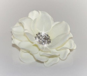 Light Cream / Off White Flower with Rhinestone Centrepiece Hair Clip