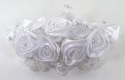 Charming Satin Rosette Bridal Comb Adorned with Wired Lace Appliques and Lustrous Floating Pearls for Wedding, Bridesmaid, Quinceañera or Other Special Events #88D8wi