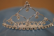 (SMALL)Elegant Bridal Wedding Tiara Crown with Crystal Party Accessories DH4833