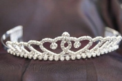 Beautiful Bridal Wedding Tiara Crown with Crystal Party Accessories C110014