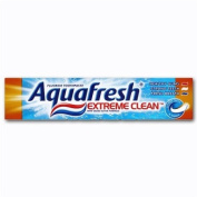 Aquafresh Extreme Clean Fluoride Toothpaste With Micro-Active Formula 100ml