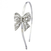 Stunning vintage romantic bow hairband, with gorgeous detail and pearls