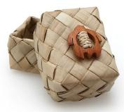Hawaiian Pandan Decorated Gift Basket With Honu Turtle 3.8cm by 7cm
