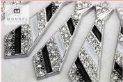 M50 Wholesale 10 PCS Cute Crystal Tie Pendant Charm