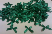 200 EMERALD GREEN SATIN BOWS 1 1/4 X 1 /1/2 NEW