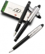 Aurora Italy 150th Anniversary Ipsilon Fountain Pen (Black)  [Special Edition]