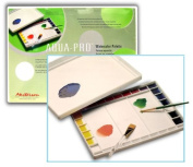 Palette With Lid Has 32 Wells For A Large Range Of Colour Mixing