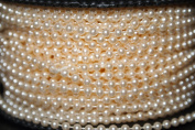 10m of 2.5mm Bead Pearl String (Ivory.