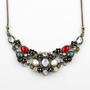 New Arrival Wholesale Costume Jewellery Vintage Graceful Rhinestone Statement Necklace