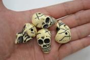 Carved Skull Head Resin Beads 3.2cm #T-1135