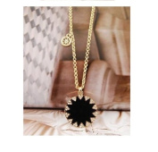 Golden Plated Fashion Crystal Black Circle Pendent Necklace /Sweater Chain----(With Cutely Gift Box)---Awesome gift for Holidays--. From USA--takes 2-6 working days with shelley.kz INC------1pc only-