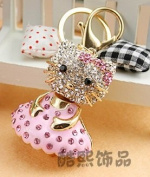 Beautiful 3D Luxury PINK Hello Kitty With Cute Skirt Figure New Fashion Rhinestone Crystal Keychain Purse Clipper Chain Gift