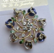 Gorgeous Pin Brooch Water Crystal -Silver Metallic with Flowers & Rhinestone,3.8cm W x 3.8cm H ,Fashion Pin Brooch,Super Saving Gorgeous Design.100% Satisfaction Guaranteed !