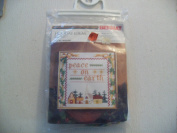 Bernat Cross Stitch Kit Holiday Ideas Peace on Earth #W00100