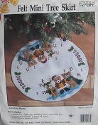 Carolling Bears Mini Tree Skirt Kit HOBBY KRAFT felt tree skirt kit #9233