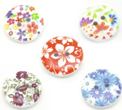 25 Wooden Painted Flower Buttons 5 Assorted Designs B17595