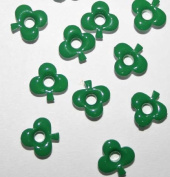0.3cm Green Top Painted Aluminium Three Leaf Clover Eyelets - 50 Pack