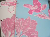 Set of 2 Touch 'N Feel Folders - Flowers - White and Blue