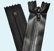 15cm Water Repellent Zipper YKK #5 Water- Repellent Closed Bottom - 580 Black