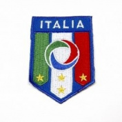 Italia 4 Star Fifa World Cup Iron on Medium Patch Crest Badge ... Italy 8.9cm X 6.4cm .. New